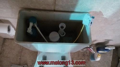 5 500x281 2.5金尚路中福城,进行马桶节水改造